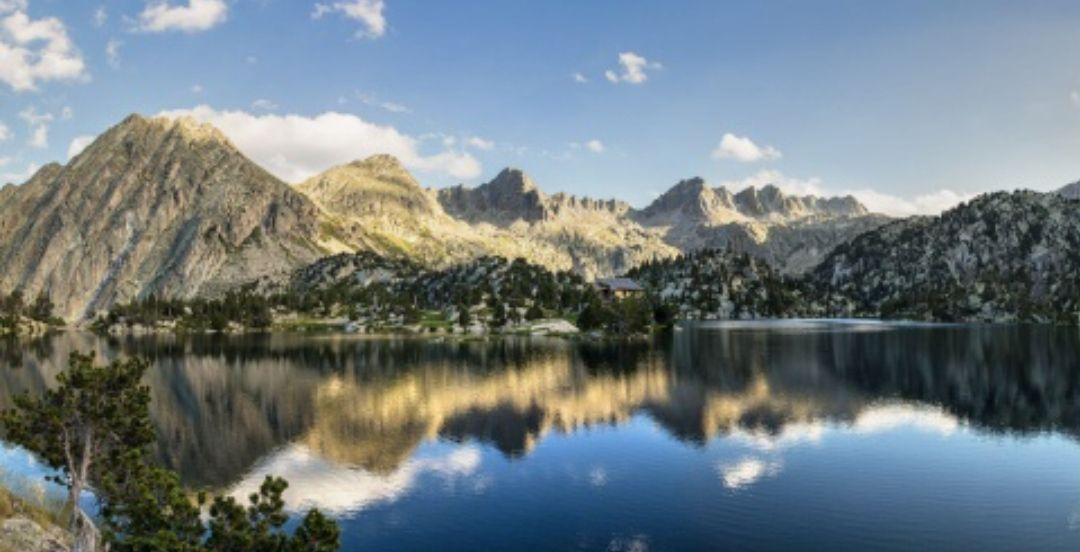Disfruta la Naturaleza del Pirineo Catalán en Ruta con 4x4 + Noche de Hotel 3* con Spa (PxPm2)