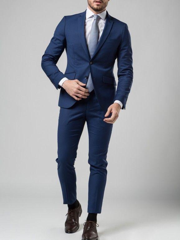 Traje + camisa + corbata 129€ marca Boston. Diferentes combinaciones