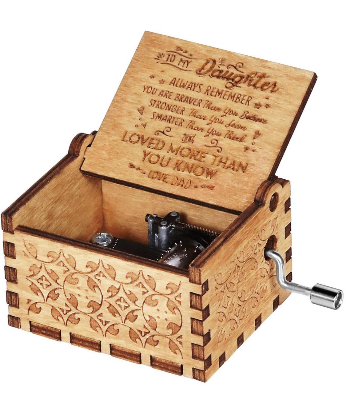 Caja musical de madera con manivela