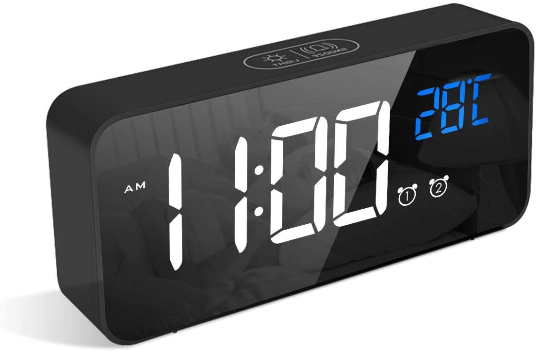 Reloj despertador + temperatura solo 8.4€