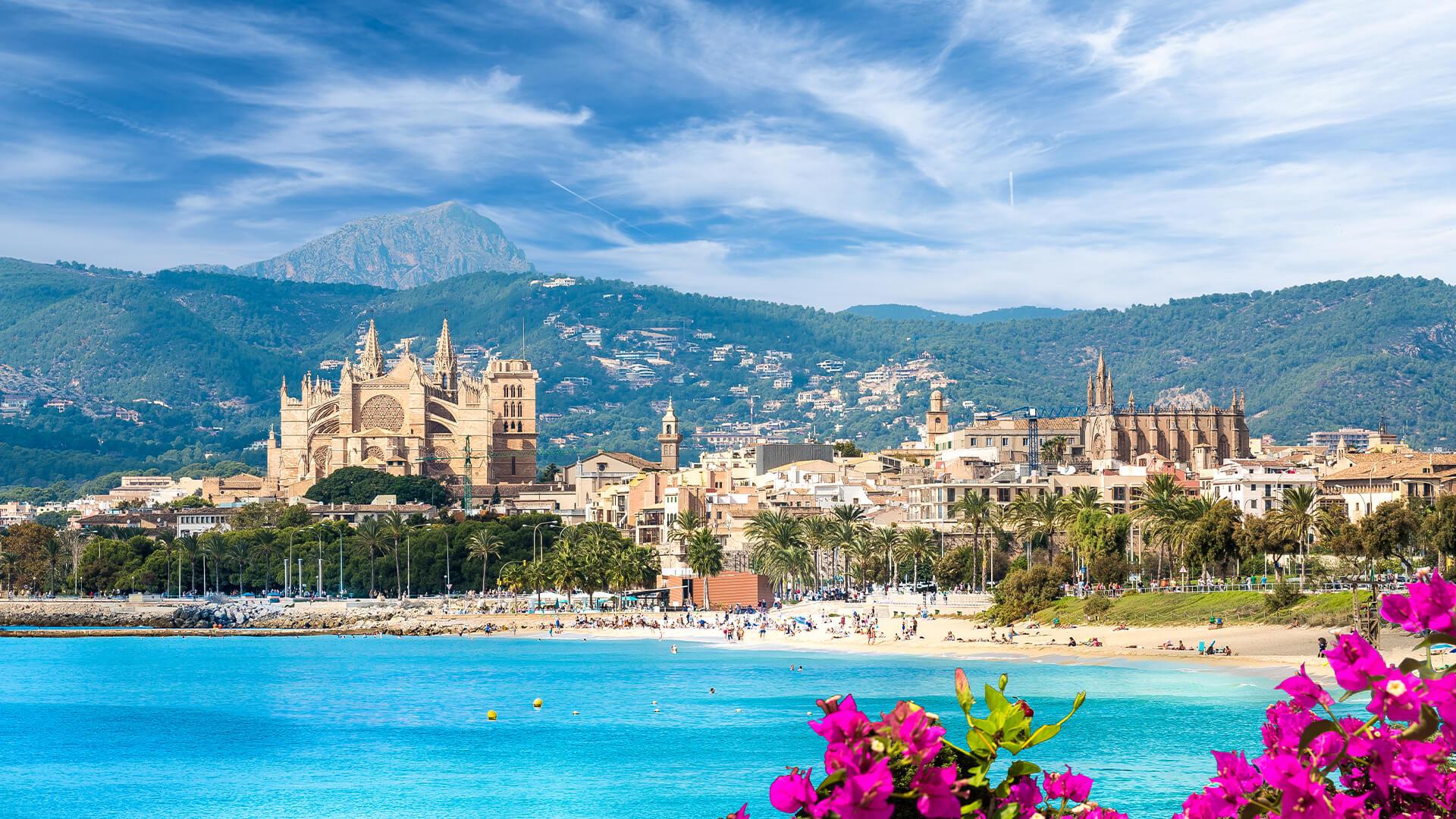 Viaje a Palma de Mallorca!! 3 noches de hotel con cancelación + vuelos incluidos desde 93 euros por persona