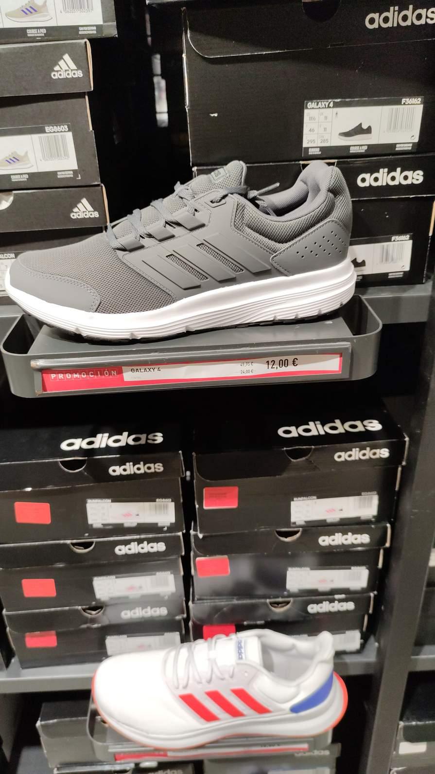 Zapatillas desde 12 euros oulet Adidas jerez de la frontera