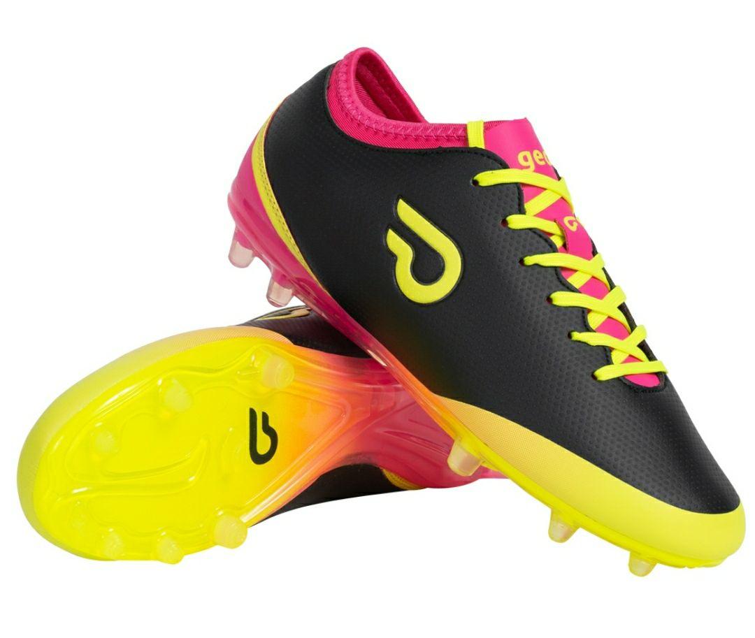 Botas de fútbol con tacos. Zapatillas Gedo talla 41