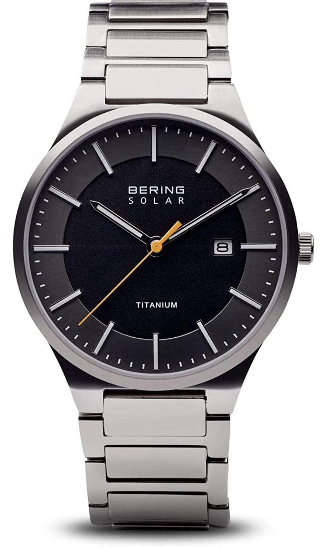 Reloj Bering solar. Titanio y Cristal de zafiro