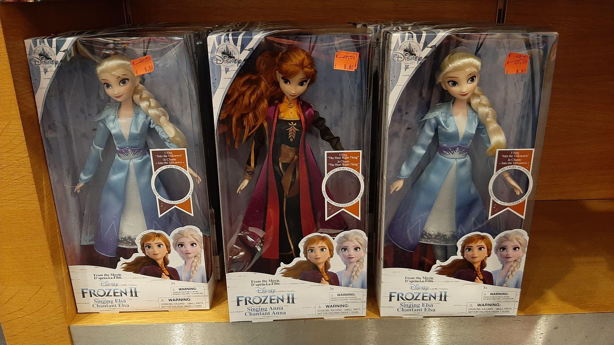 Muñecas de Frozen cantarinas en Disney Store Parquesur