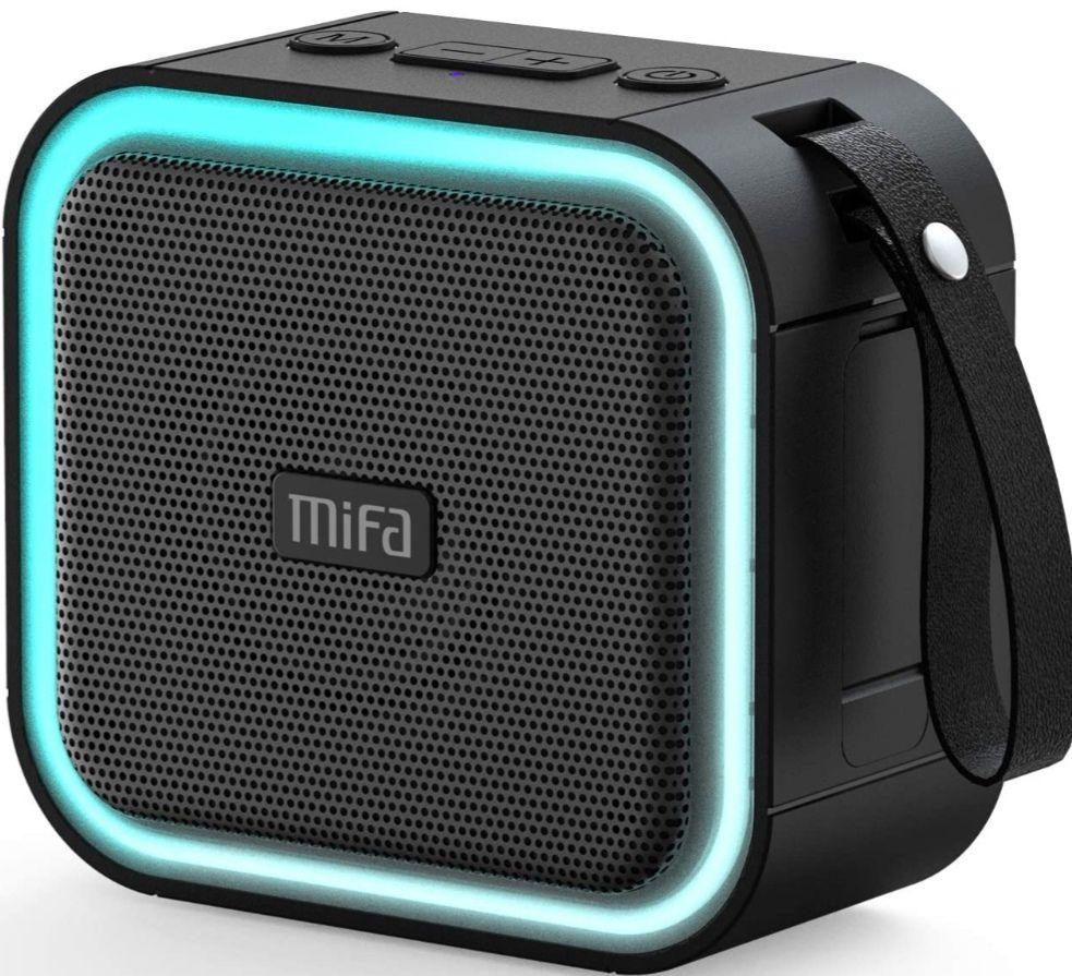 MIFA F50 Altavoz Bluetooth impermeable LED RGB, 15W