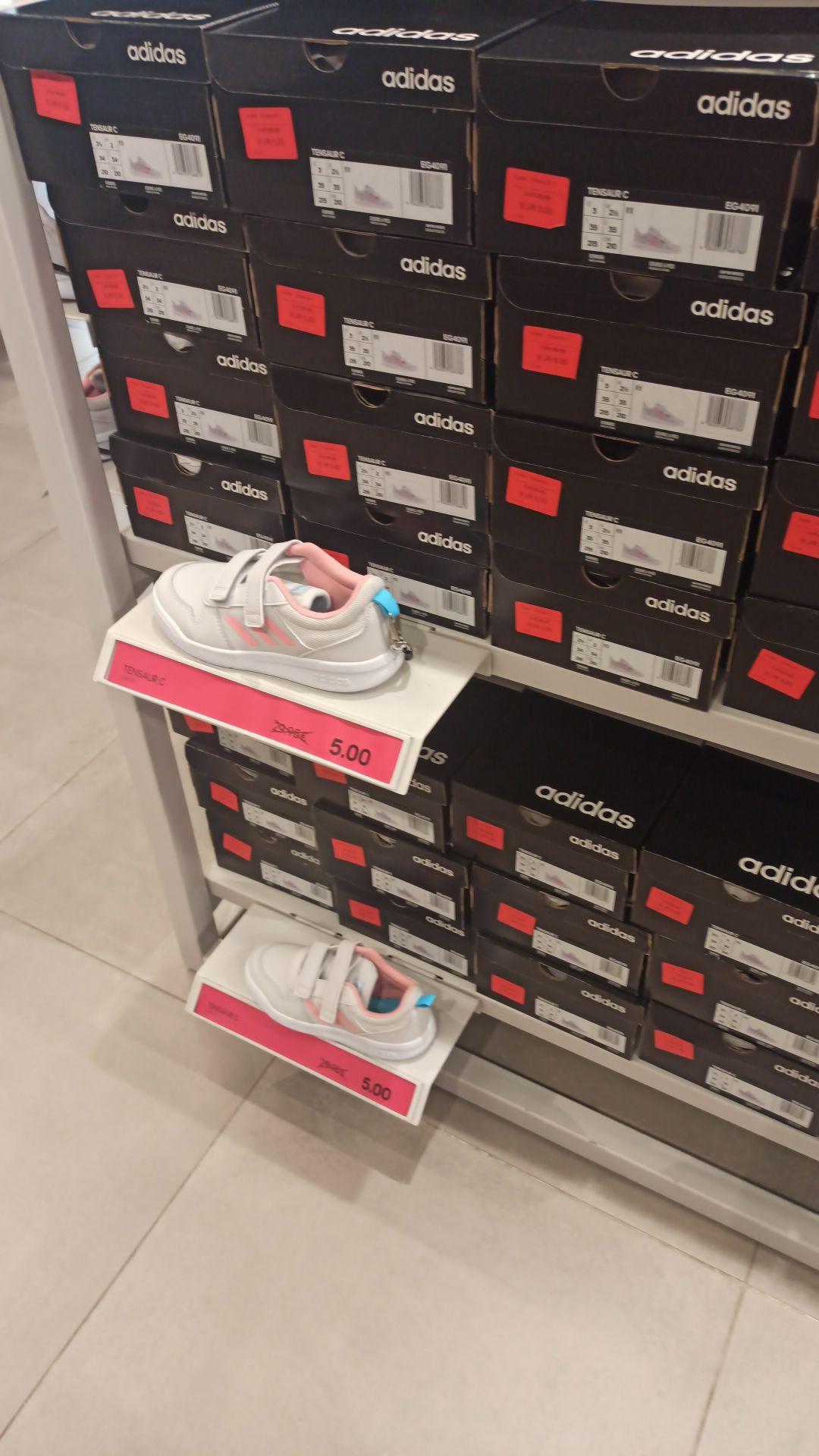 Zapatillas Adidas (tienda Bonaire) Valencia