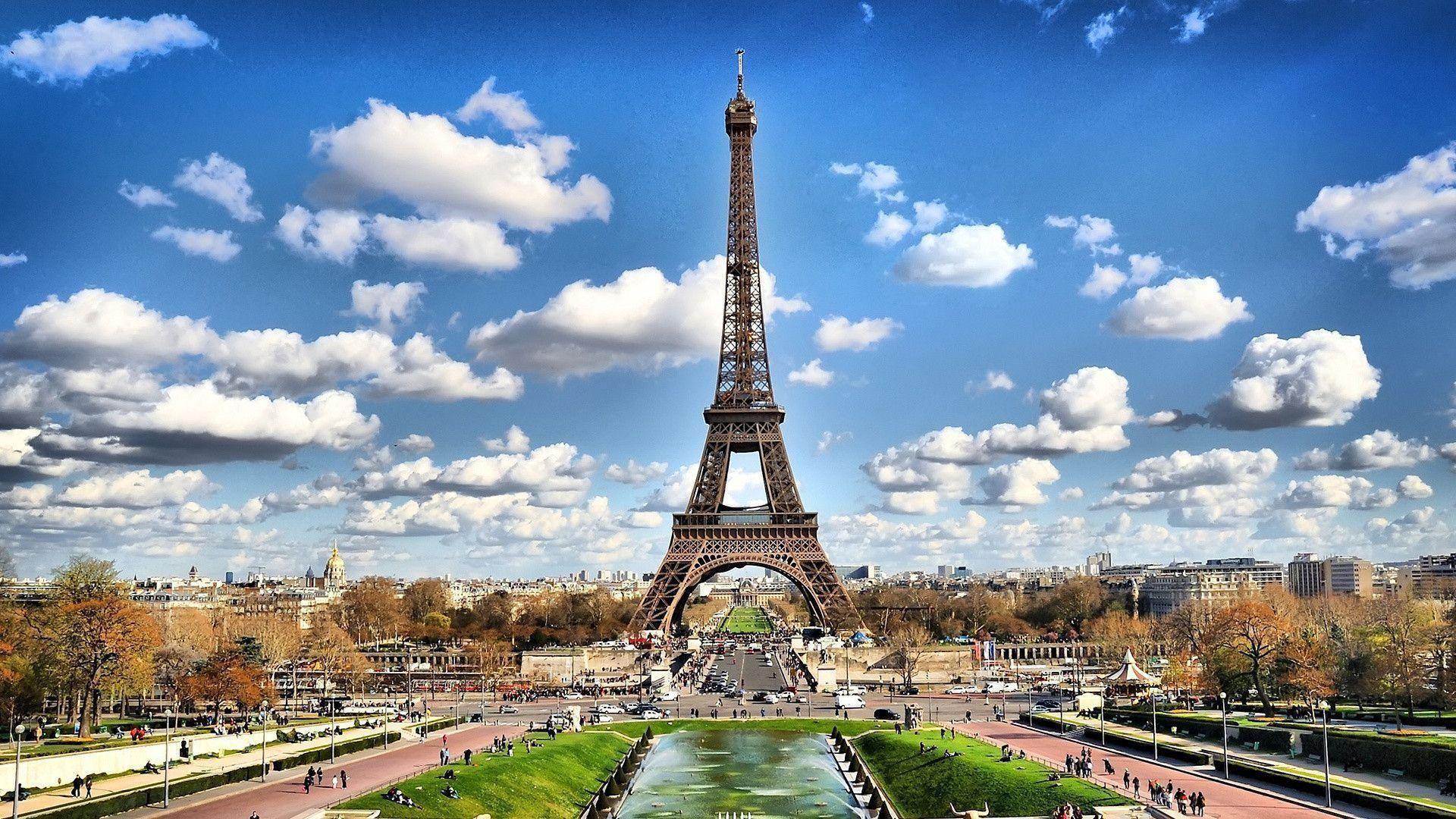 Vuelos Ida y Vuelta de Barcelona a Paris desde 28€ para Septiembre