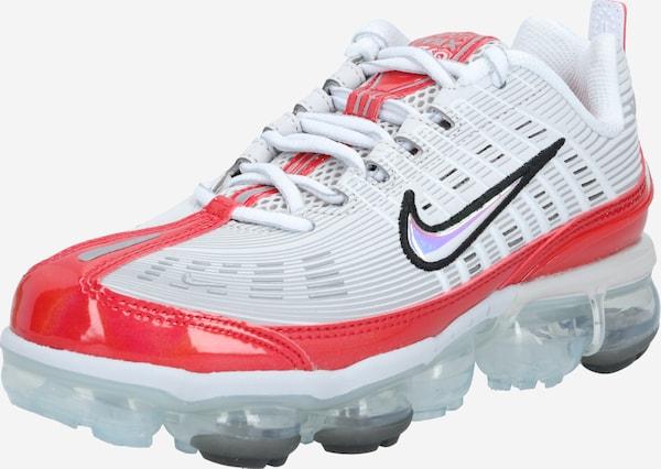 Zapatillas de marca pares sueltos