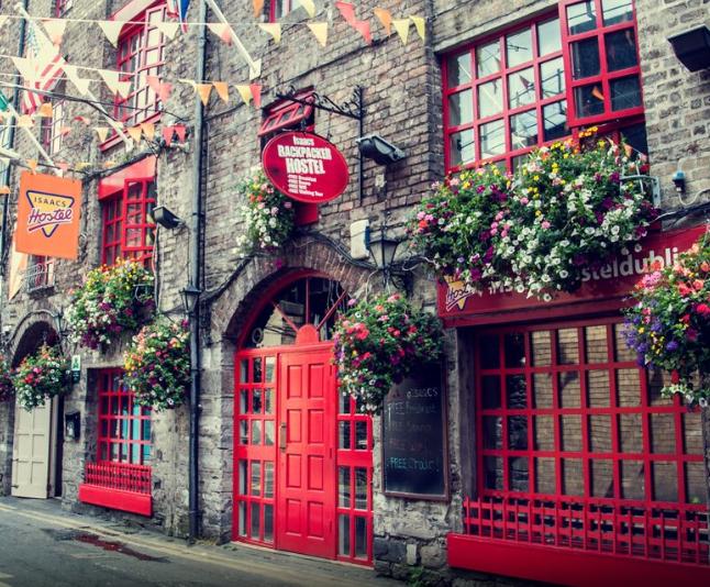 Dublin 73€/p= alojamiento + desayuno+ vuelos
