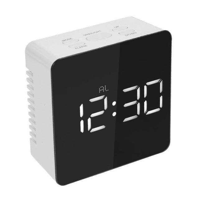 Reloj espejo Alarma y temperatura solo 5.4€