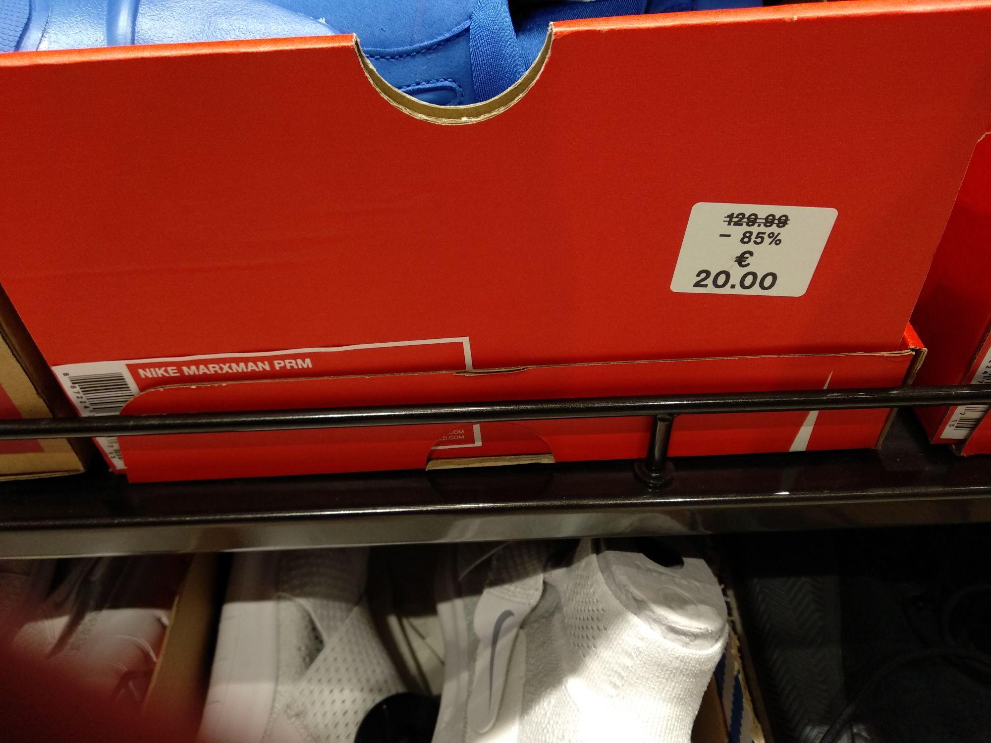 Nike marxman PRM [FootLocker de Sambil Outlet (Leganés)]